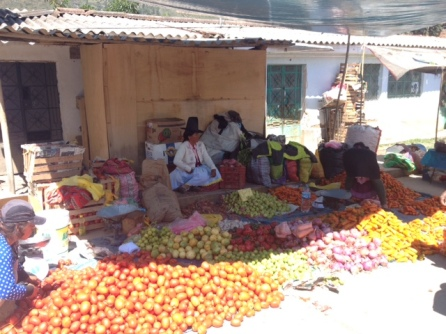 Carhuaz market