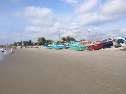 fishing boats Mompiche